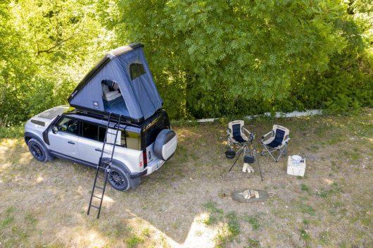 11_Land-Rover-en-Autohome-ontwikkelen-robuuste-daktent-voor-nieuwe-Defender-110