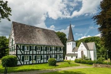 Fachwerk und bonte Kerke Bergneustadt - (C) Dominik Ketz