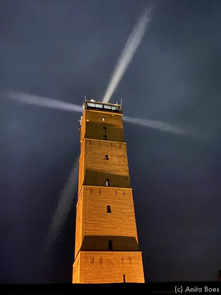 De markante, vierkante vuurtoren van Terschelling: De Brandaris.