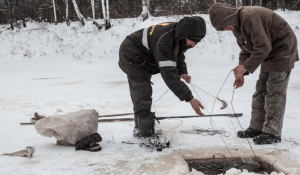 7 Best Ice Fishing Tips for Beginners