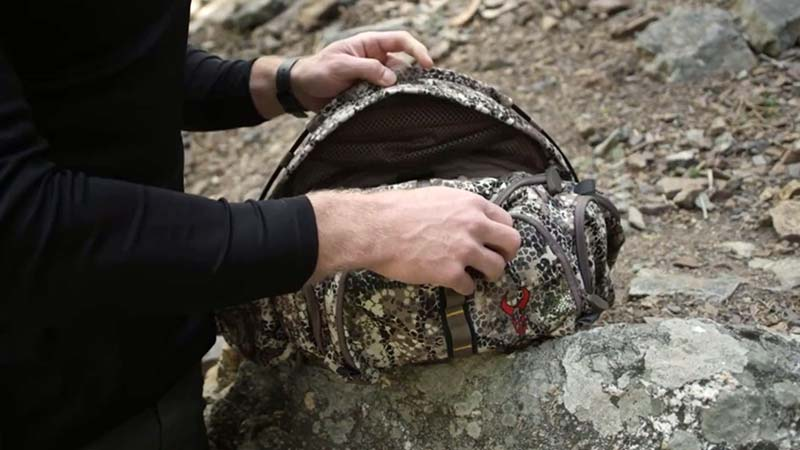 Things to Consider When Buying the Best Hunting Fanny Pack