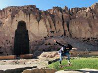 Mubaraka Muhammadi_girl in front of Bamyan Buddhas for Skateistan