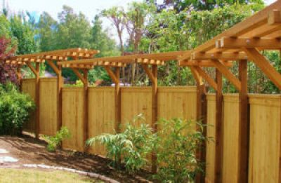 Woodinville fence building