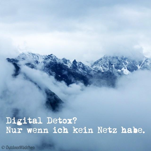 digital-detox-ohne-netz-outdoormaedchen