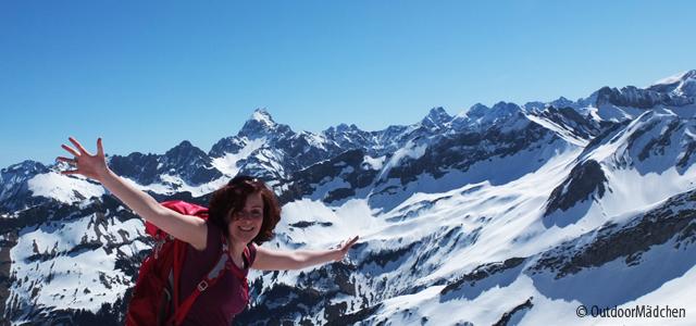 guenstig-bahn-fahrenin-alpen-Header-Outdoormaedchen