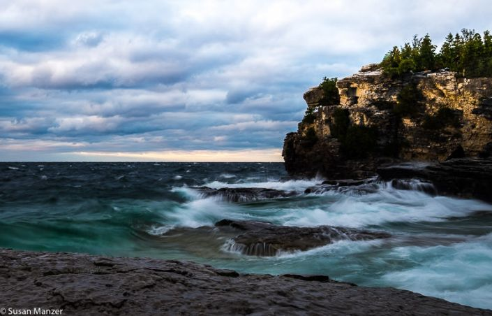 Bruce Peninsula National Park, Grotto, Tobermory, Ontario, Canada