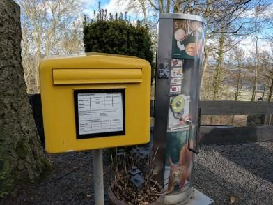 Warum zum Kuckuck steht hier ein Briefkasten?