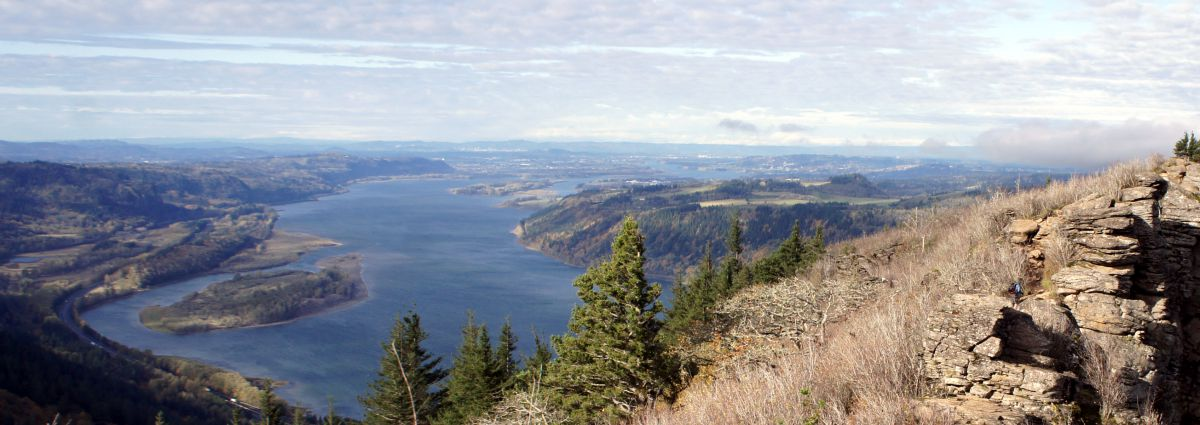 The land of open space: USA (Columbia River)