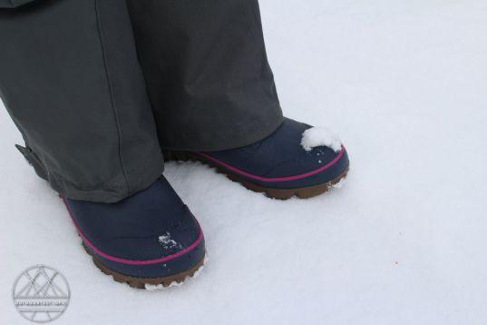 bogs-arcata-stripe-boots-02