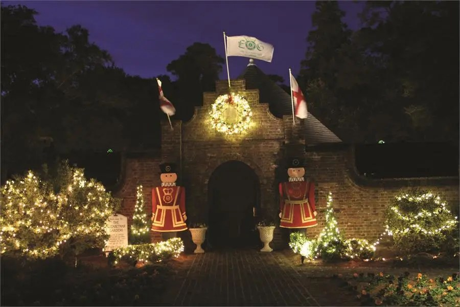 The Elizabethan Gardens Christmas Lights 2021