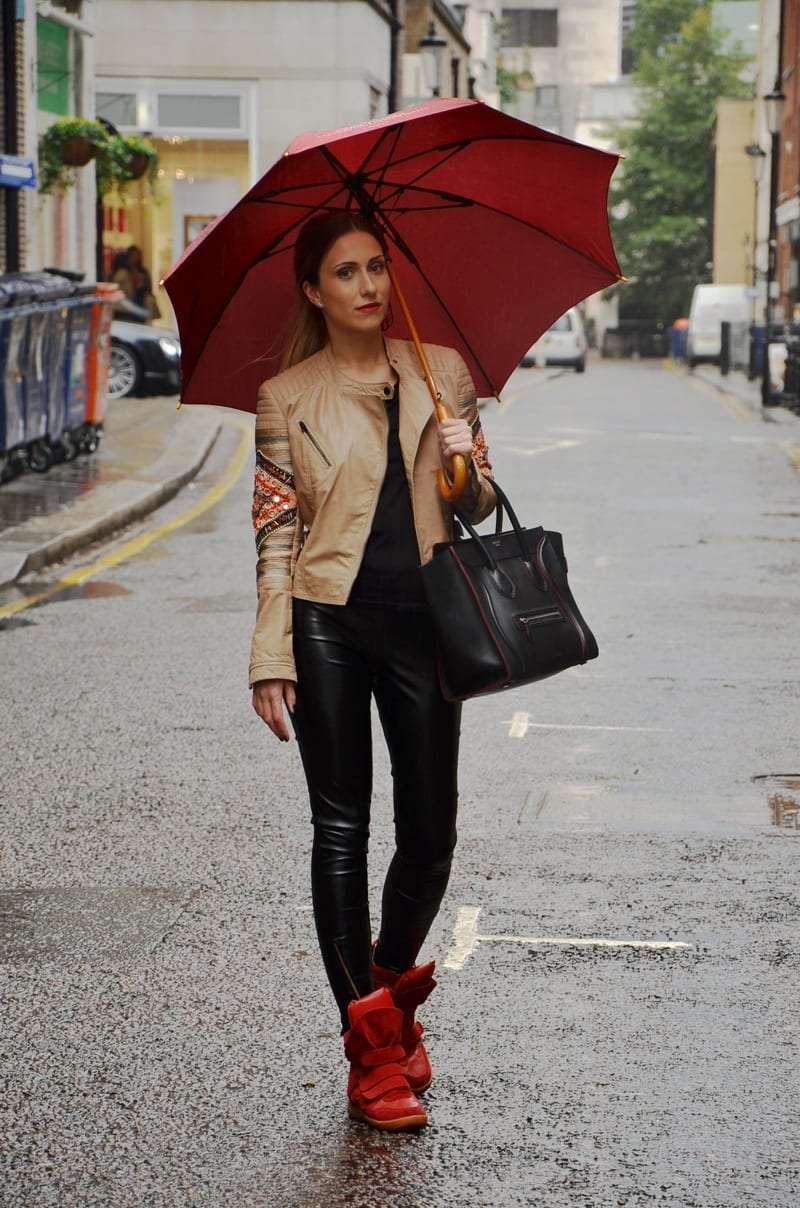 Raniy Day Outfits Ideas 26 Cute Ways To Dress On Rainy Day