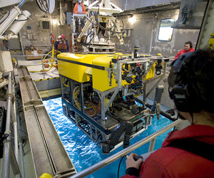 The remotely operated vehicle (ROV) Doc Ricketts goes for a test drive in Monterey Bay. Source: MBARI (http://www.mbari.org/news/homepage/2009/rov-ricketts.html)