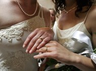Same-sex marriage begins in Oregon after marriage ban was struck down