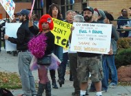 Protesters picket Denver gay bar over ID policy