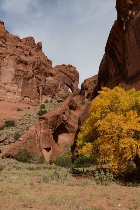 Horsehead rock over an arch at Canyon de Chelly