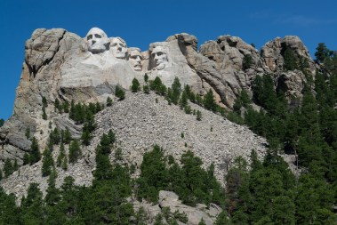 For perspective, there are peple on Roosevelt's head - these sculptures are huge