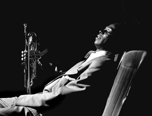 jeffrey winke | miles davis' birth of the cool: origins of the cool jazz movement