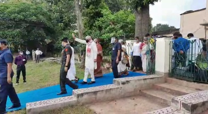 governor at bolpur santiniketan