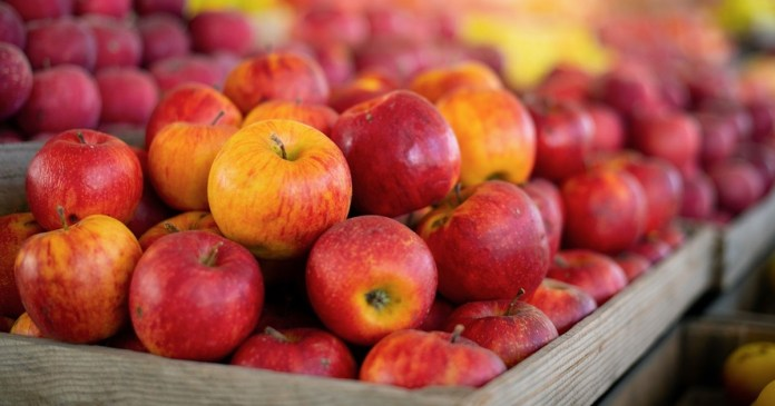 2 টির বেশি আপেল খেলে কি হবে If you eat more than 2 apples a day, what will happen