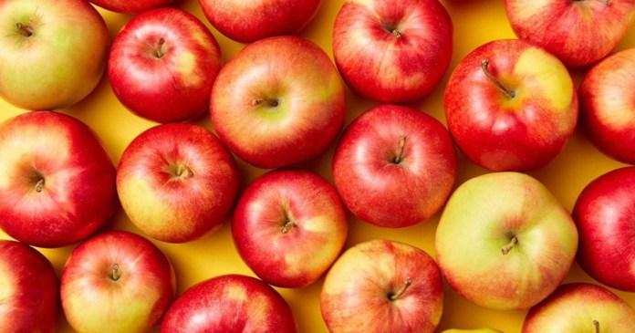 আপেলে রয়েছে ফাইবার If you eat more than 2 apples a day