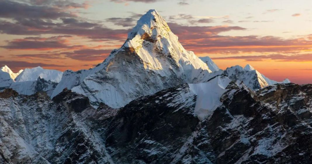 Covid-19 Reaches Mount Everest, Climber Tests Positive
