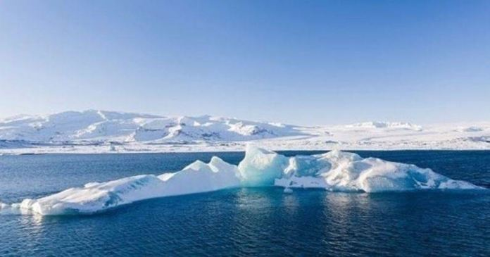Iceland's glaciers lose 750 Square km in last 20 years due to global warming