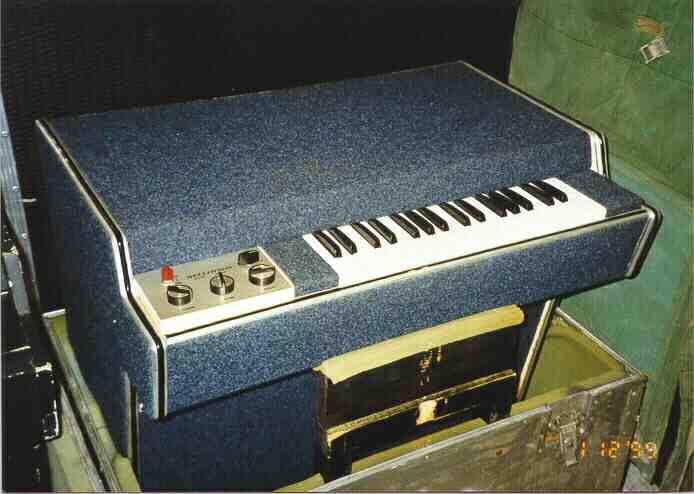 Mellotron M400 #354