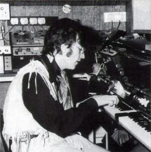 Mellotron Mark II - John Lennon - Weybridge 1967