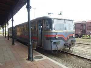 Trem Servia