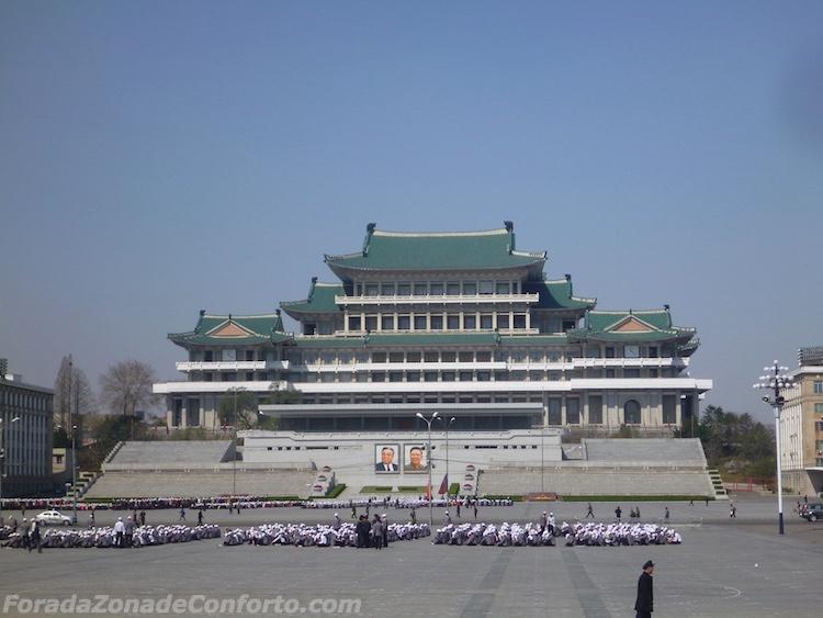 Praça Kim il-Sung Pyongyang Coreia do Norte