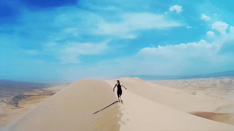 Mongolia Gobi Desert climb sand dunes