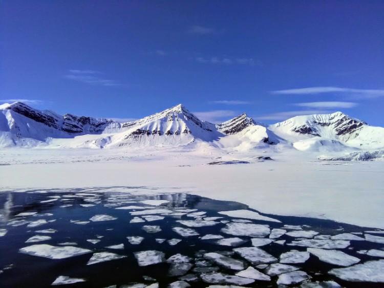 Svalbard Norway Fjord Scenery Boat Ride Henningsen glacier