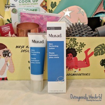 As I've gotten older, my skin has become drier and my rosacea has really acted up. Because of these things, I'm always looking for moisturizers formulated for sensitive skin. The Murad skin perfecting lotion has long been on my radar, but I've been hesitant to buy a full-sized product without trying it out first. This is one of my favorite things about FabFitFun boxes - the ability to try high-quality skincare. I'm looking forward to seeing if the lotion helps minimize pores, refines texture and soothes redness and irritation as it promises. If it does, I may have a new favorite moisturizer. Retail value: $40.
