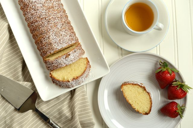 Scandinavian Almond Cake with Tea