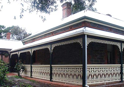 A stylish verandah built by Outside Concepts. A Brisbane verandah is not just stylish but also practical