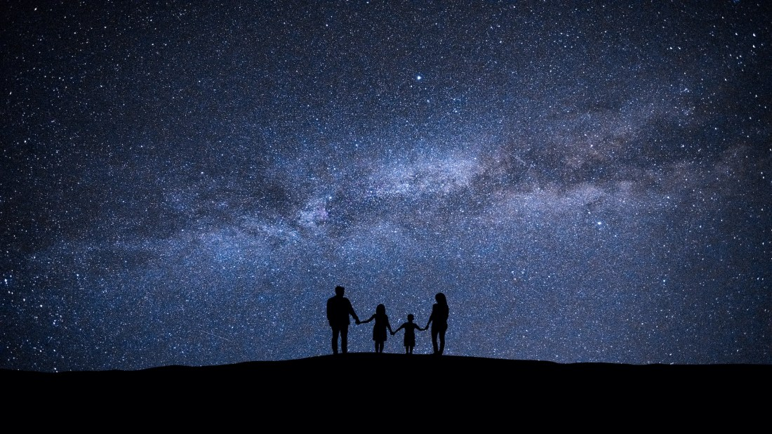 Everything You Need to Know to Take Your Kids Stargazing