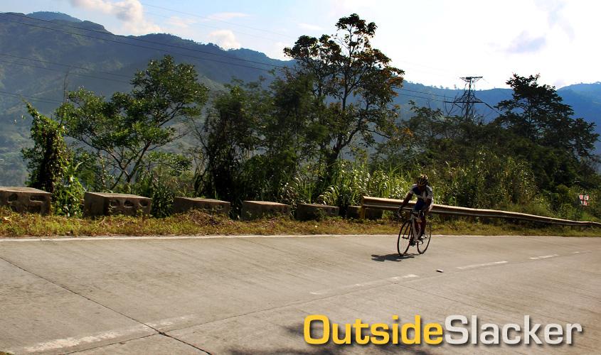 Biker Climbing in Le Tour de Flipinas 2013 Stage 4
