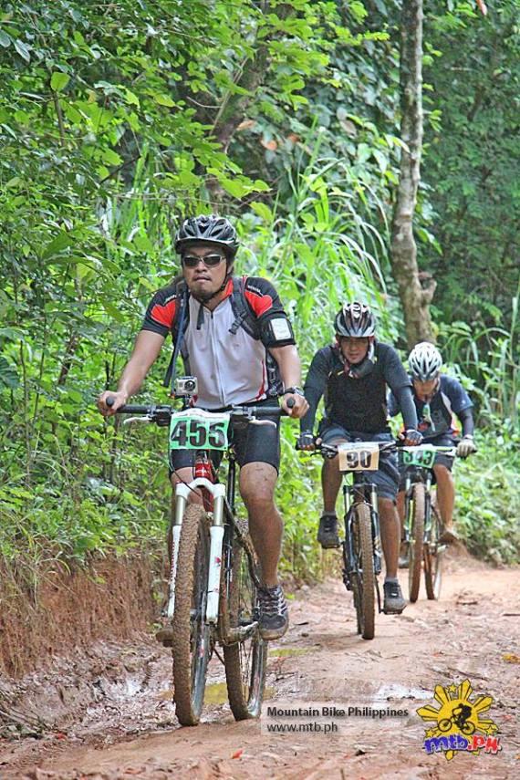 Bikers in All Terra's King of the Mountain bike race