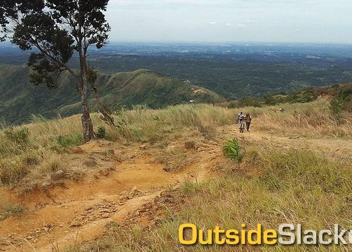 Biking to Mt. Balagbag's Helipad in Rodriguez, Rizal, Philippines