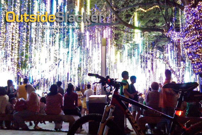 Ayala Triangle Christmas Lights