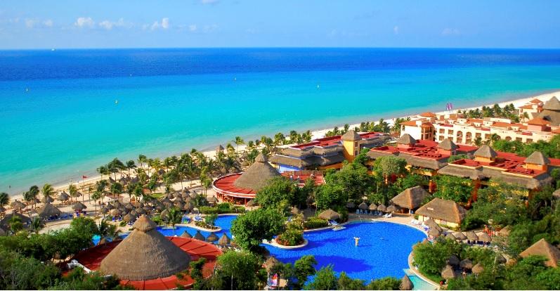 Stay : 3 resorts in Playa del Carmen Outside Suburbia Wishlist