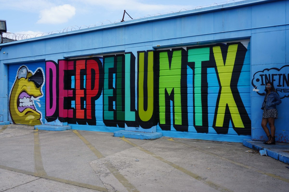 Deep Ellum, An Art walk among the murals in Dallas