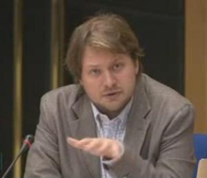 Benoît Tabaka, directeur des politiques publiques et sécurité de Google France,lors de son audition par les sénateurs.