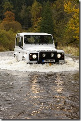 2012 Land Rover Defender (15)