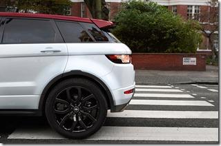 2015-Range-Rover-Evoque-NW8---Abbey-Road-(1)