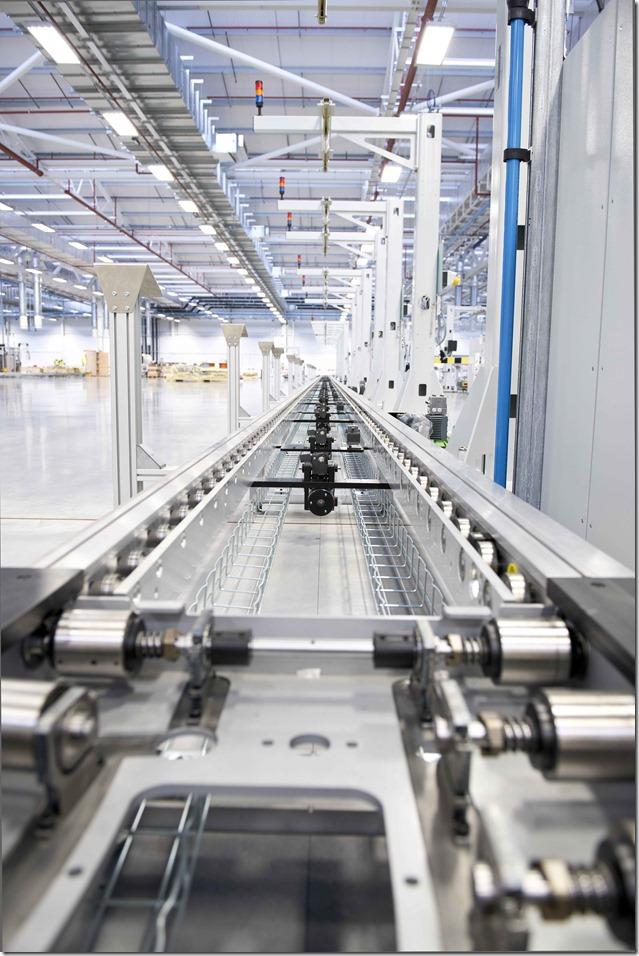 Jaguar Land Rover Engine Manufacturing Center (15)