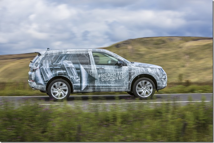 Land Rover Discovery Sport in Camouflage (3)