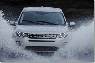 Land Rover Discovery Sport in Iceland - Indus Silver (4)
