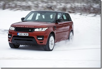 MY2014 Range Rover Sport in the Snow (7)