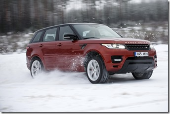MY2014 Range Rover Sport in the Snow (9)